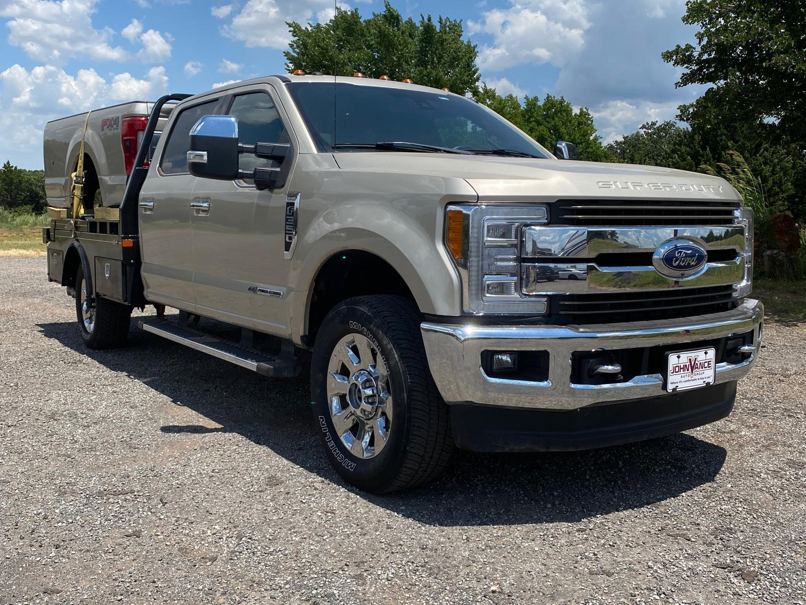 Pre-Owned 2017 Ford Super Duty F-350 SRW King Ranch 4WD Crew Cab 8' Box