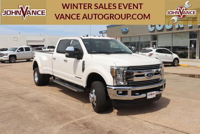 New 2019 Ford Super Duty F-350 DRW LARIAT 4WD Crew Cab 8' Box