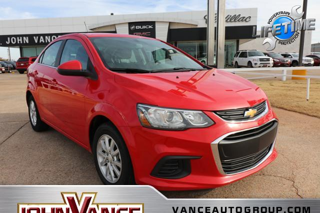 Pre-Owned 2017 Chevrolet Sonic 4dr Sdn Auto LT