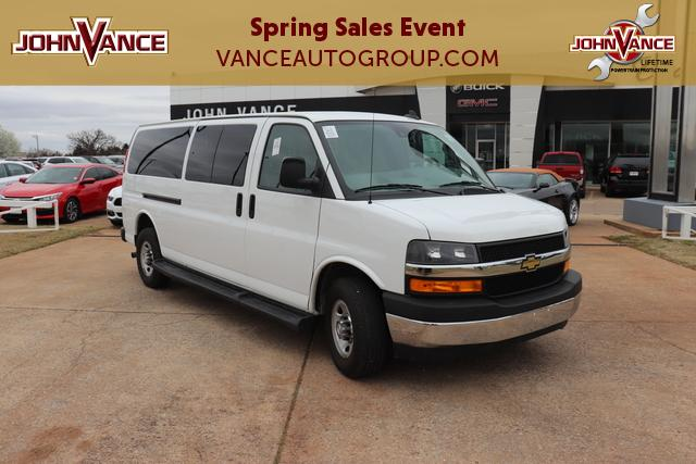 Pre-Owned 2019 Chevrolet Express Passenger RWD 3500 155 LT