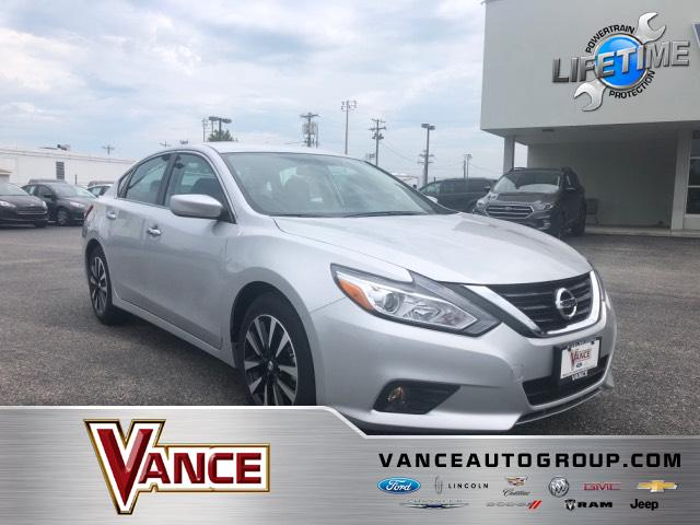 Pre Owned 2018 Nissan Altima 2.5 SV Sedan