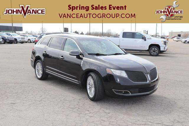 Pre-Owned 2013 Lincoln MKT 4dr Wgn 3.5L AWD EcoBoost